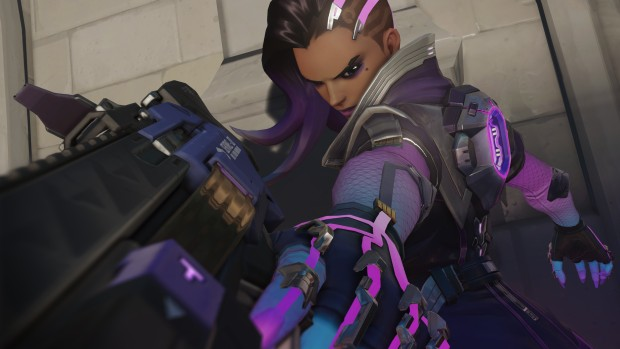 Sombra from Overwatch looking rather menacing