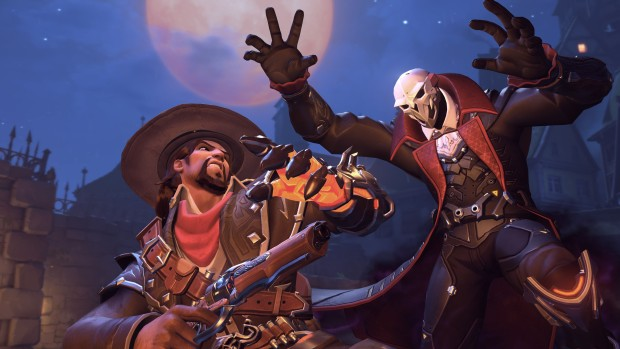 Overwatch Halloween Terror screenshot of Van Helsing McCree and vampire Reaper fighting