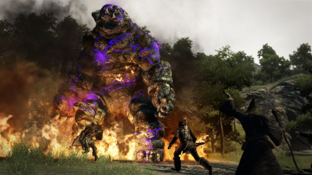 Dragon's Dogma screenshot of a battle against a giant golem
