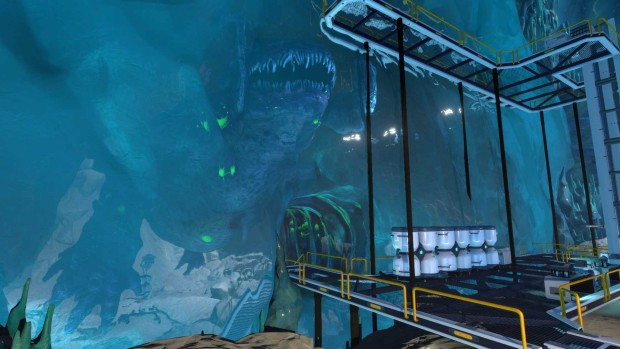 Subnautica: Below Zero screenshot of a leviathan encased in ice
