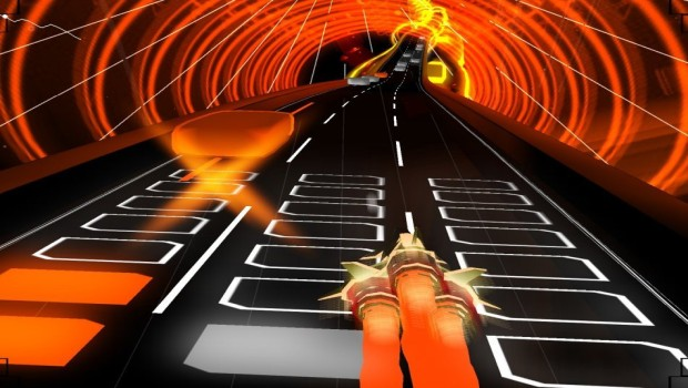 Audiosurf screenshot of a tunnel full of pellets to collect